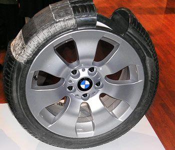 BMW run-flat tires. Run-flat tires vs. conventional.