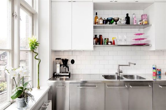 Apartment in Malmo.  http://nordicdesign.ca/blog/2011/11/fun-and-fresh-apartment-in-malmo/