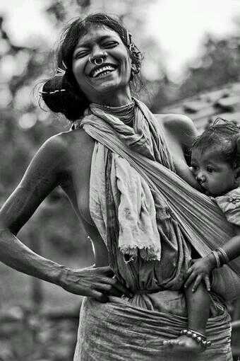 Photographer unknown.
