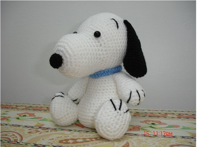 Amigurumi Patterns Snoopy : 295 best crochet i like charlie brown snoopy and the peanuts gang
