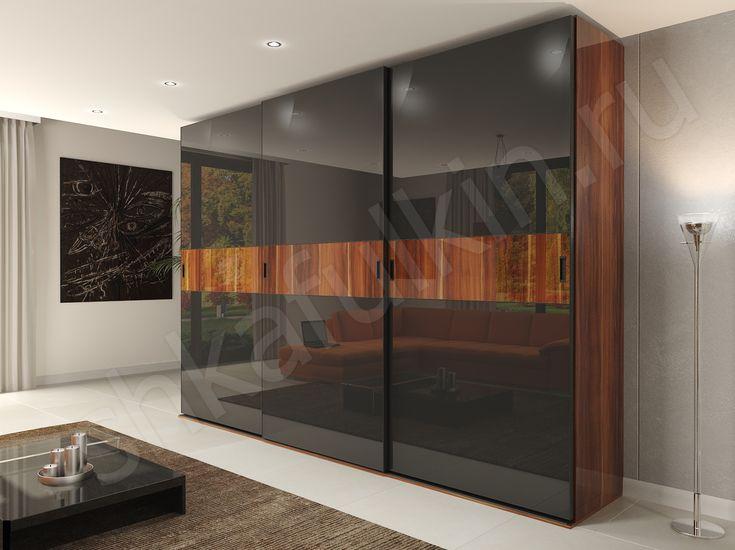 """Стильный корпусный шкаф купе """"Торрес"""" органично впишется в современную спальню или гостиную. Двери шкафа из черного стекла Лакобель с фотопечатью. Горизонтальная полоса с изображением древесной фактуры органично сочетается с корпусом шкафа из ДСП. Сочетание цвета благородного дерева и темного стекла смотрится оригинально, смело и необычно."""