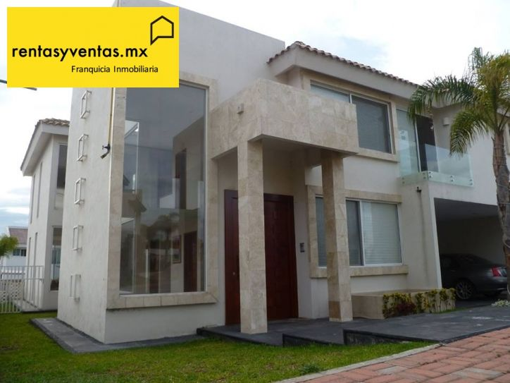 Casa en venta en la vista country club Puebla PL