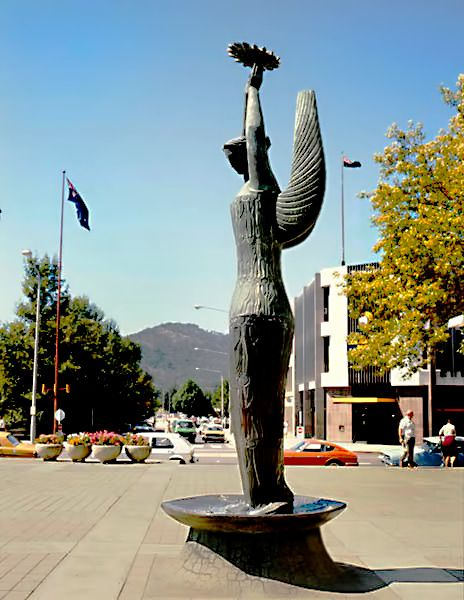 Ethos statue in Civic Square, London Circuit, Canberra by Tom Bass, 1961