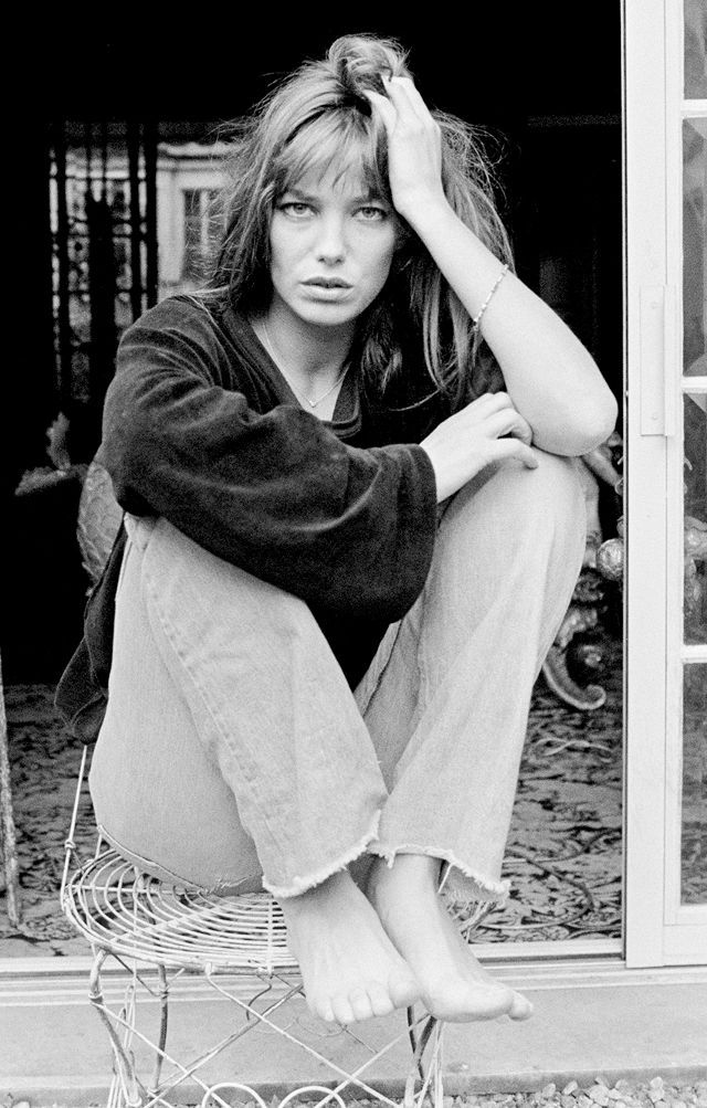 9d8422e82d The 6 Pieces You Need to Get Jane Birkin s Iconic Style