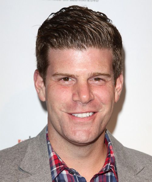Stephen Rannazzisi. Also have a weird crush on him, and I love the League. Did you know he was in the world trade center on 9/11 and so was his wife that he met after. How horrible but so sweet for them.