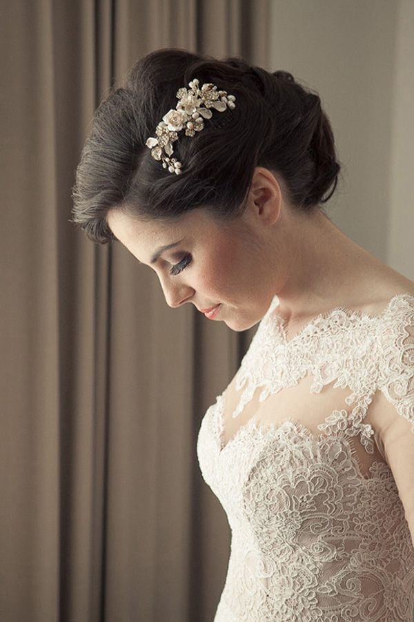Elegant Bride With Classic Updo | Welsch Photography