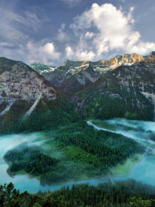 "de viaje: ""Mountainscape, Tirol del Sur""  Italia (por por Kilian Schönberger) """