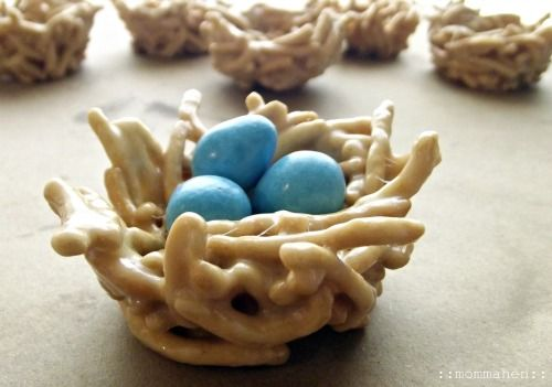 Chow Mein Edible Easter Egg Nests...a quick and easy Easter treat that kids & adults alike will enjoy creating and eating.