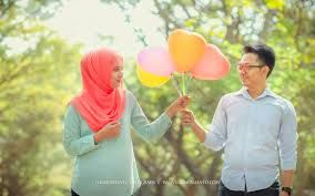 Hasil gambar untuk prewedding islami