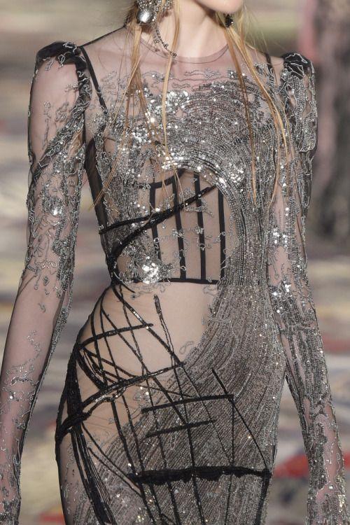 Alexander McQueen | Paris Fashion Week | Spring 2017