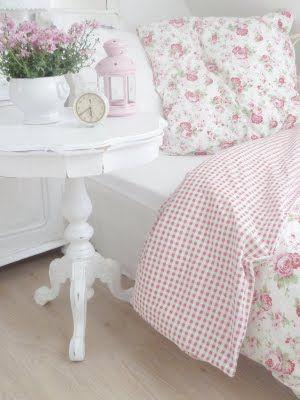 This is the Ikea Cath Kidston Rosali bedding I was talking about @Paula manc manc manc~ Sugar Sweet  Paula.