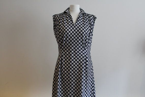 Vintage 1970's Navy and White Check Dress (Size 12 (UK))