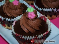 Cupcakes τα Χαρούμενα Κεκάκια