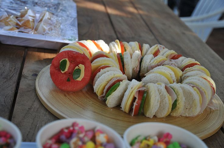 simple hungry caterpillar decorations & food