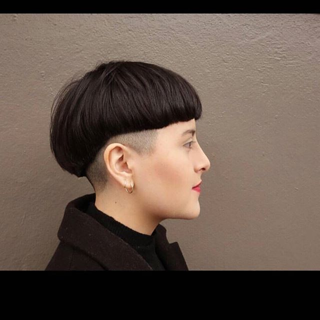 WEBSTA @ luvbowlcuts - So good . Totally in love with this beautiful #bowlcut crafted by the talented @eva_marrale. ❤#bowlcutrevolution #bowlcutsarebackbaby