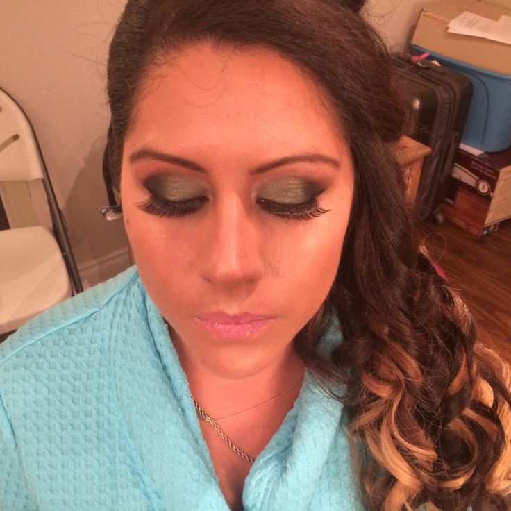 A nice pop of colour to your smokey eye- Makeup By Brenda