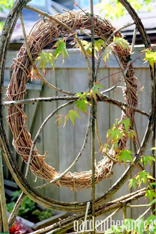 grapevine wreath on trellis with Japanese maple (Medium): Crafts Ideas, 15 Design, Design Ideas, Hometalk Gardens, Gardens Projects, Wreaths Ideas, Bought Grapevine, Grapevine Wreaths, Diy Projects