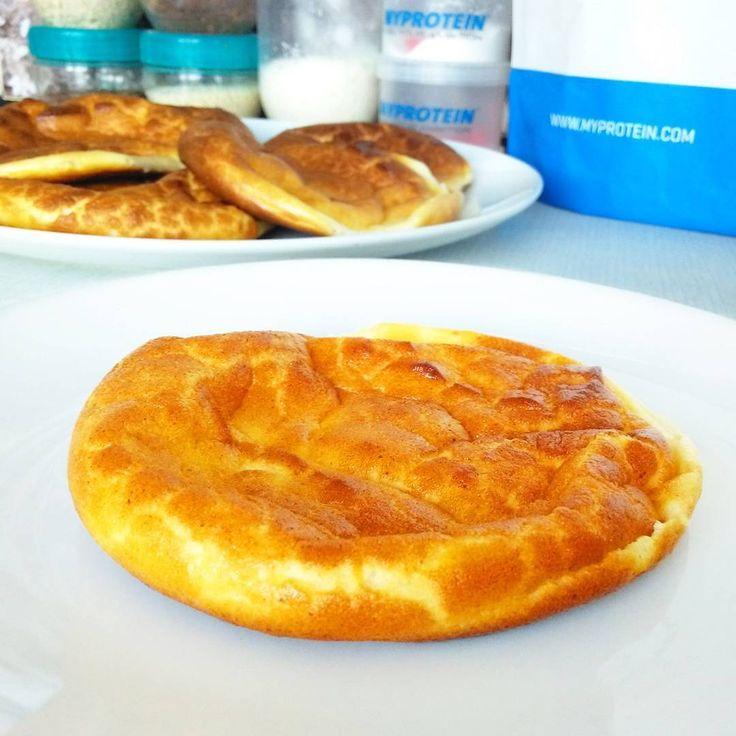 """385 To se mi líbí, 8 komentářů – BAJOLA ✌ Fit bez diety (@bajolafitcz) na Instagramu: """"Fitness tvarohové pečivo – cloud bread, oopsie bread (proteinová bomba bez sacharidů) - - - - - - -…"""""""