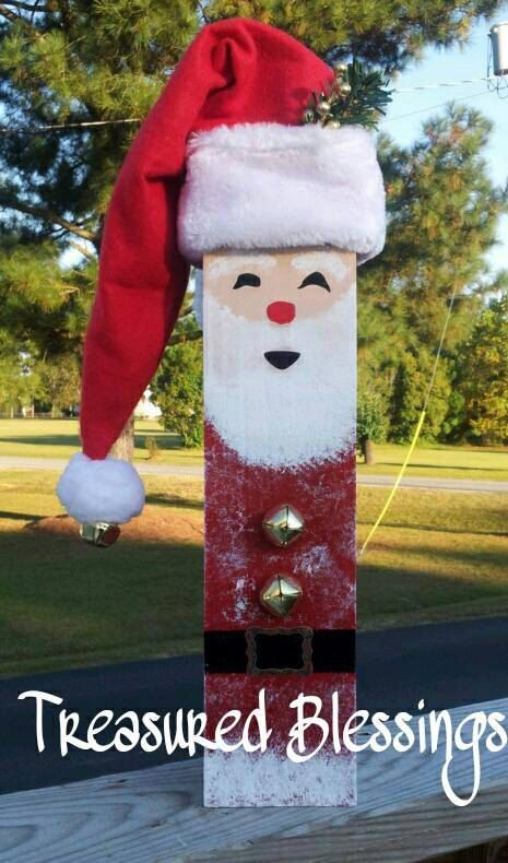 4 x 4 Wood Fence Post Santa by TreasuredBlessingsNC on Etsy, $21.95  Would look really super cute as a snowman instead