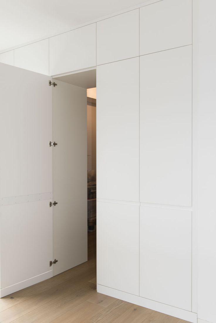 In die Hochschrankfront der Küche ist unsichtbar …