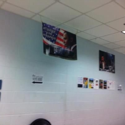 Obama Poster Hanging in Florida Polling Station --> CLICK to read!!