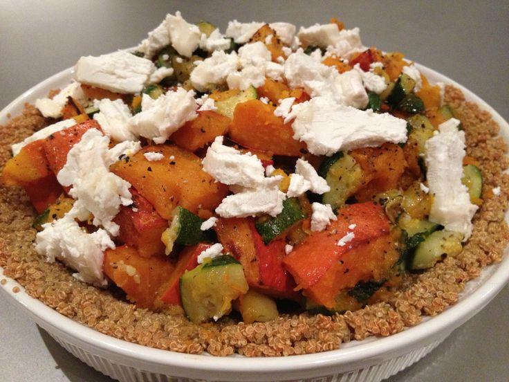 Een geweldig taartje dat ik uit Fresh & Light van Donna Hay gehaald heb. Een quiche met een bodem van quinoa! Ik zou het niet snel bedacht hebben. De combinatie van pompoen, courgette en geitenkaas erop smaakt heerlijk warm en fris tegelijk met de smeuiigheid van de geitenkaas. Een verrassende aanrader! [...]