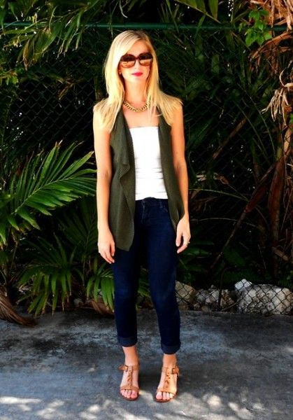 vest, tank & ankle pants for casual spring/summer/fall outfit