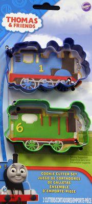 Thomas the Train Cookie Cutters for favor bags and sandwiches.