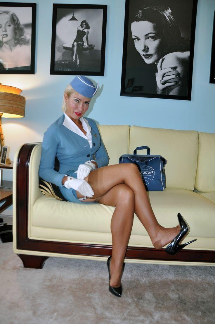 Русские зрелые стюардессы, раздевание зрелых баб