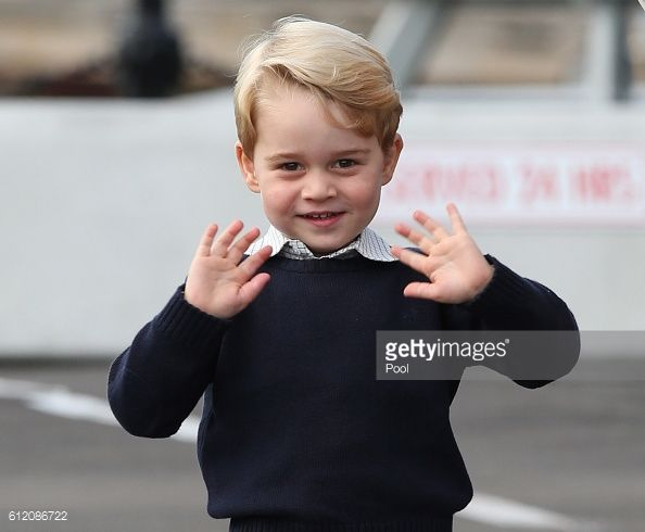 News Photo : Prince George of Cambridge waves as he leaves...