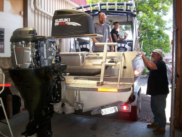 We do servicing, repairs on outboards. Can supply and install new and used outboards. Boat trailer repairs, wiring and maintenance.