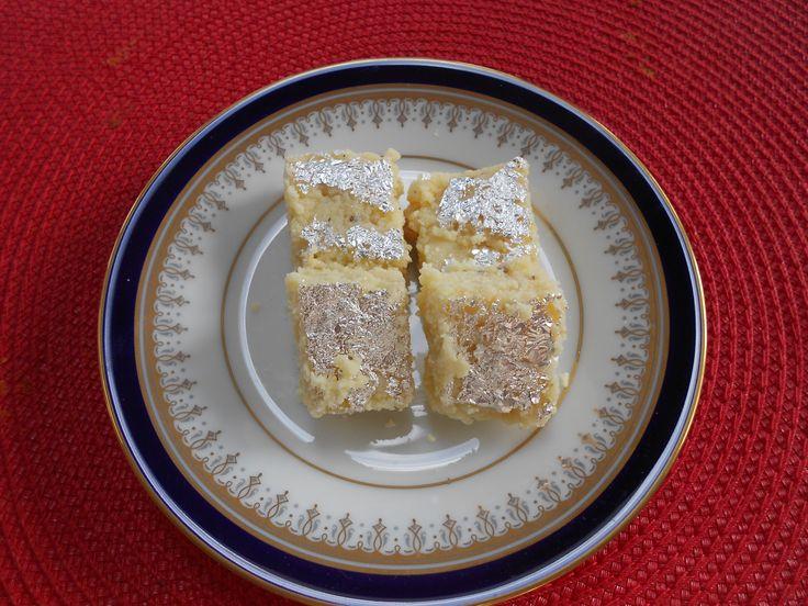 Indian Kalakand Barfi Sweets/Desserts