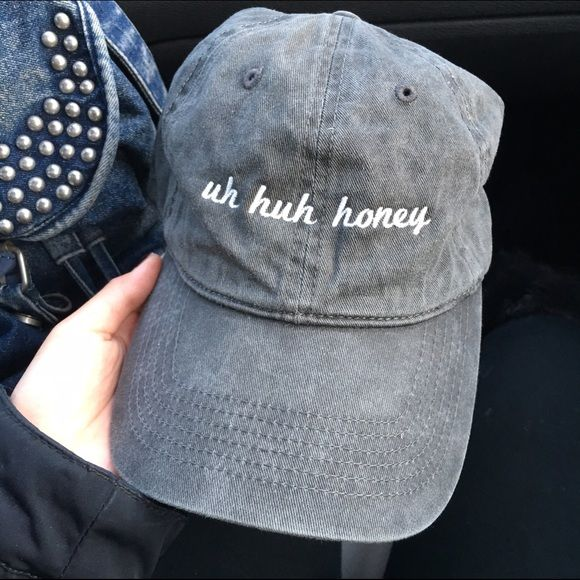 ❤️SALE❤️ brandy melville uh huh honey baseball cap brandy melville uh huh honey baseball cap // NWT // feel free to offer and negotiate!! // ask about bundle deals ❤️ // i also sell on other selling platforms :-) // sold out everywhere and highly sought for ✨ // I HAVE 3 OF THESE CAPS AND WILLING TO SELL ALL❤️❤️ Brandy Melville Accessories Hats