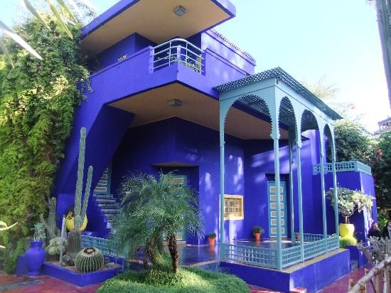 http://media-cdn.tripadvisor.com/media/photo-s/02/3a/33/a0/jardin-majorelle.jpg