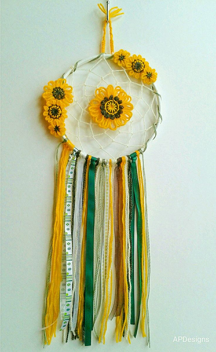 Sunflower Dreamcatcher Boho style in gorgeous summery colours. annepearsondesigns.tictail.com