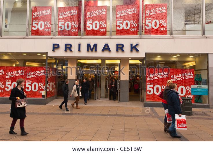 the-primark-shop-store-with-sale-on-in-norwich-norfolk-england-britain-CE5TBW.jpg (1300×953)