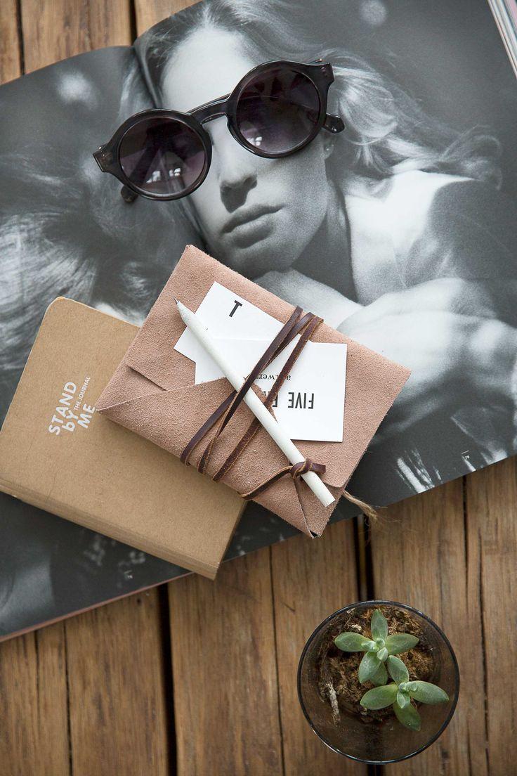 Cover voor agenda of notitieboek | Cover for planner or notebook | Styling Rosalie Noordam | Photographer Anouk de Kleermaeker | vtwonen November 2015