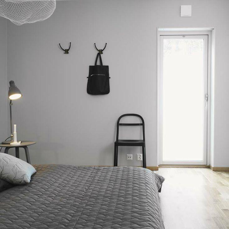 Minimalistic scandinavian bed room.