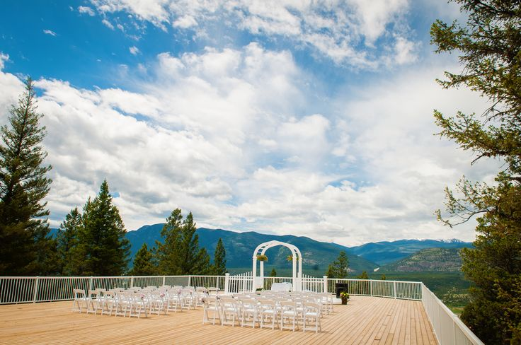 Outdoor ceremony site at Fairmont Hot Springs Resort #fhsr #bcweddings #wedding #ceremonysite #ceremony #mountains #view #outdoorwedding