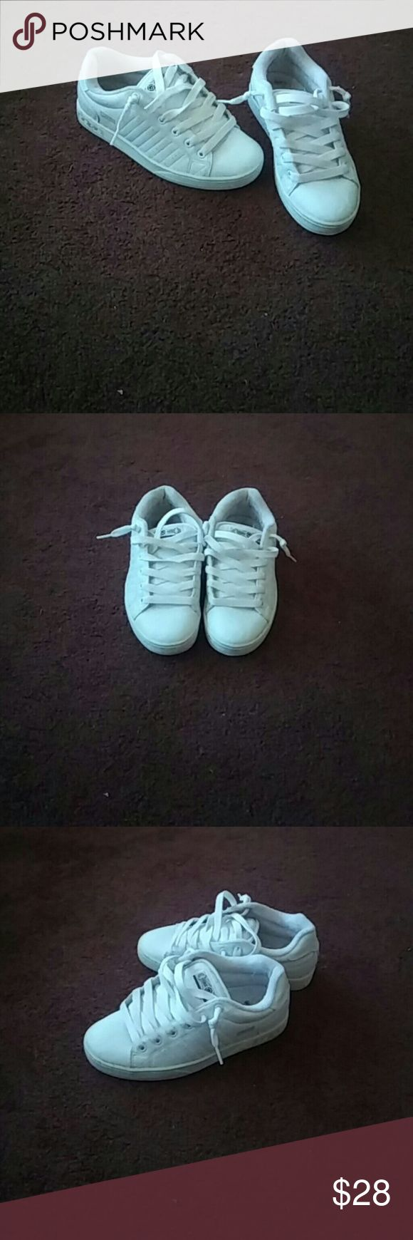 Osiris White Skate Shoes White skate shoes worn a few times will clean before shipped Osiris Shoes Sneakers