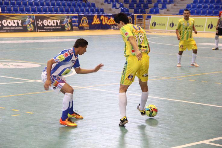 Buen #FútbolRevolucionado se vivió en el coliseo Bicentenario de la Ciudad Bonita.