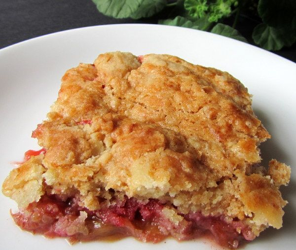 Mennonite Girls Can Cook: Rhubarb Cake - (my recipe uses 2 cups water poured over - only difference)