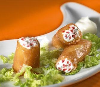 Canelones de salm n rellenos de mouse de rollitos y queso - Que cocinar para una fiesta ...