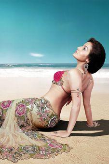 Gorgeous #Saree & Blouse by Kalamandir