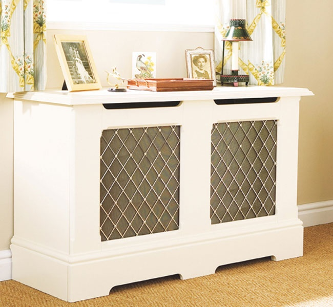 Sandringham Cabinet with a Mayfair Grille