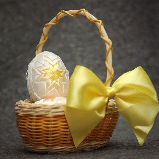 Обратный отсчет до Пасхи начат! #Пасха #пасхальноеяйцо #атласные_цветы #весна #желтый #яйцо - Babyblog.ru
