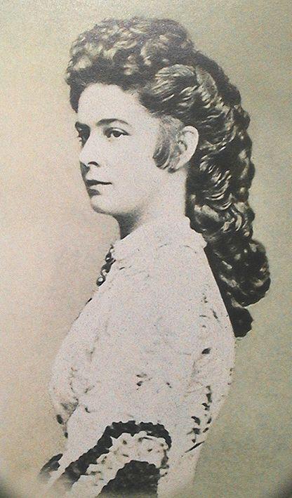 portrait empress elisabeth of austria:
