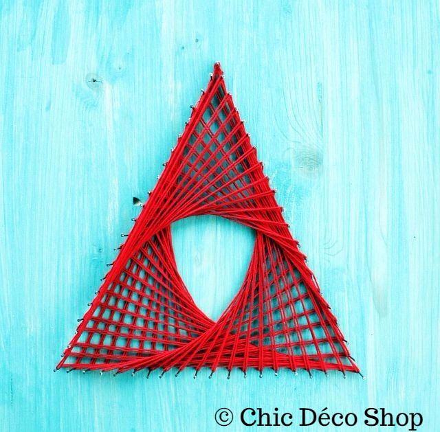 String art - simple red triangle