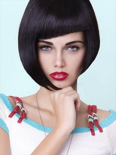 Taglio capelli a caschetto asimmetrico 2014