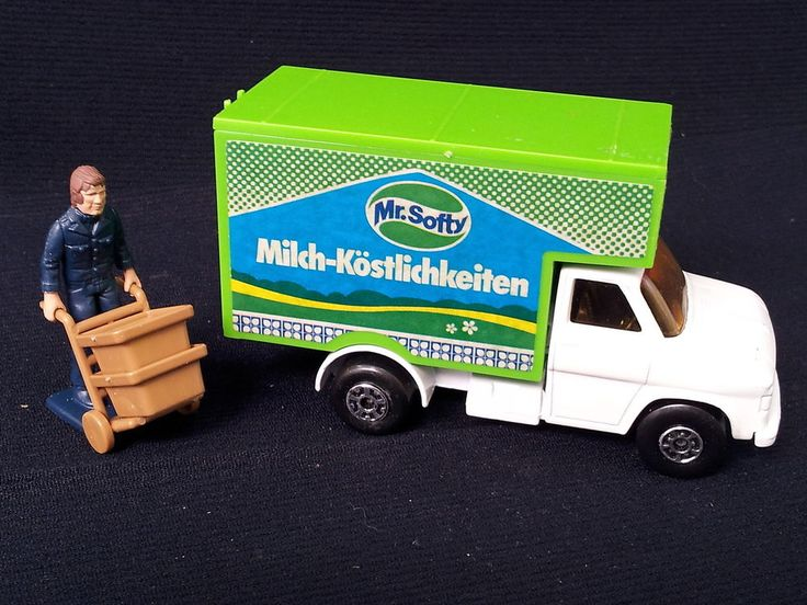 MATCHBOX LESNEY SUPER KINGS FORD A SERIES DELIVERY VAN MR SOFTY + DELIVERY MAN